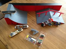 Tech Deck Ramp Set & Boards; Excellent Condition in Grafenwoehr, GE