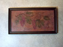 Grapes wall hanging in Naperville, Illinois