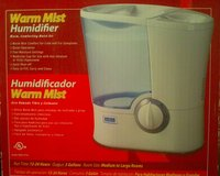 warm mist humidifier $17.99 in Fort Bliss, Texas