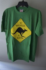 AUSTRIA Green T TEE SHIRT IMPORT Size M in Lockport, Illinois