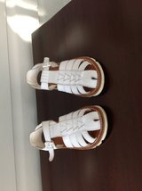 Girls White Leather Sandals (enclosed toe) size 10.5 in Lockport, Illinois